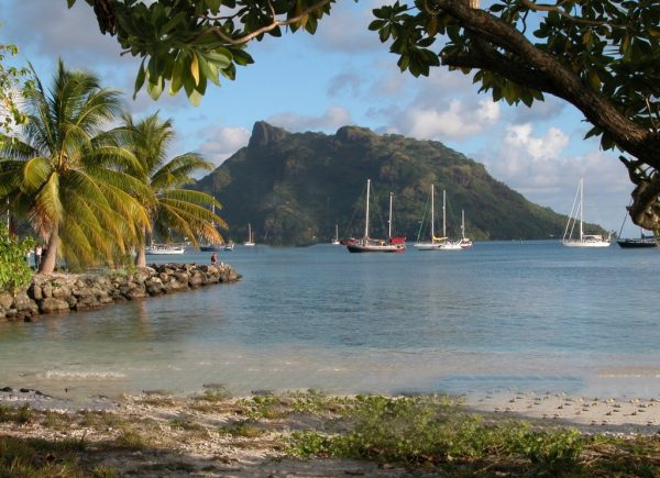 Huahine-island-French-Polynesia